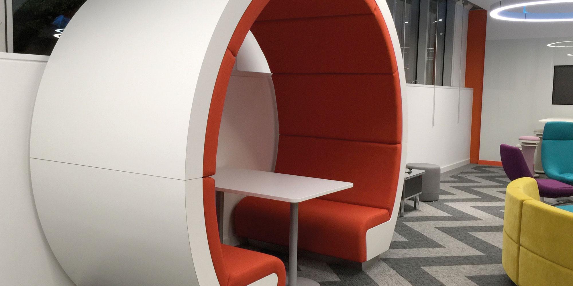 set-square-seat